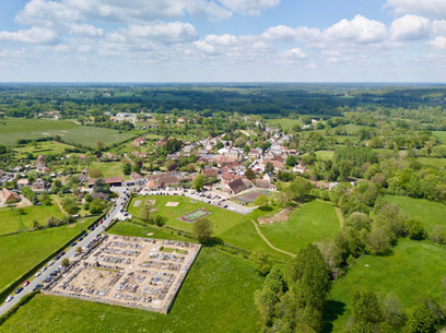 Beaufort Drone photo du village de Mers sur Indre Marché fête foire