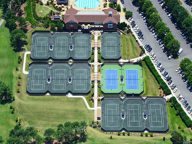 Exemple de prise de vue aérienne pour la promotion communication ouverture club de tennis Ile de France
