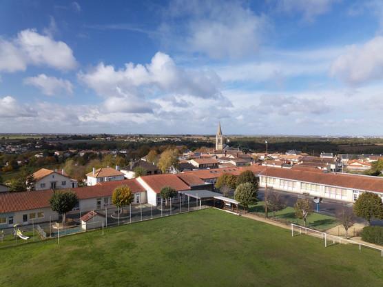Photos et vidéos par drone pour communes et collectivités près de Châteauroux, Indre 36