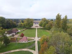 Domaine et forêt vue par drone en Automne à Poitiers