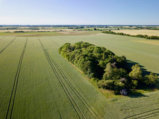 Photo par drone d'un paysage de campagne, en BNerry dans l'Indre 36, près de Châteauroux