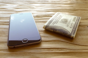 Tyvek paper wallet light and thin