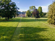 Propriété parc et château en Berry dans l'Indre 36 promotion communication photo par drone