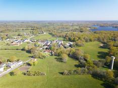 Photo par drone du village de Migné dans la Brenne Indre 36