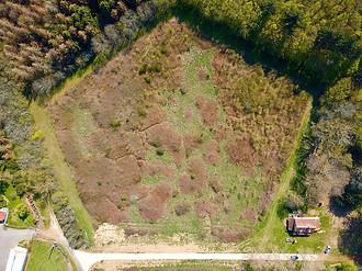 Beaufort Drone photo d'une parcelle atypique en Berry