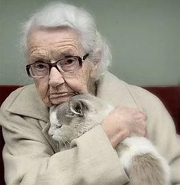 Oma-met-kat.jpg