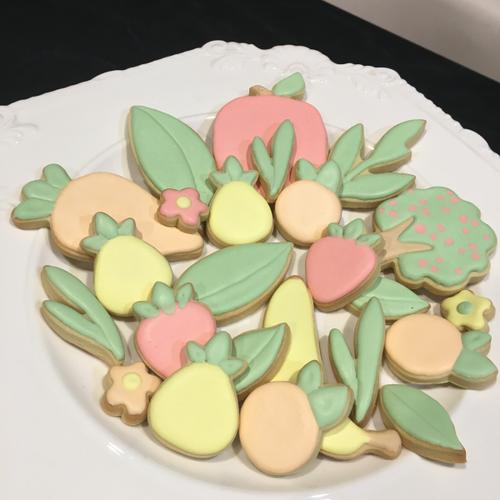 Iced vanilla cookie sets