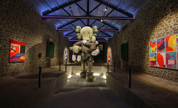 Lio Malca - Kaws _ LaNave by The Vitorin