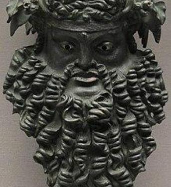 Máscara de bronce de Dionisio