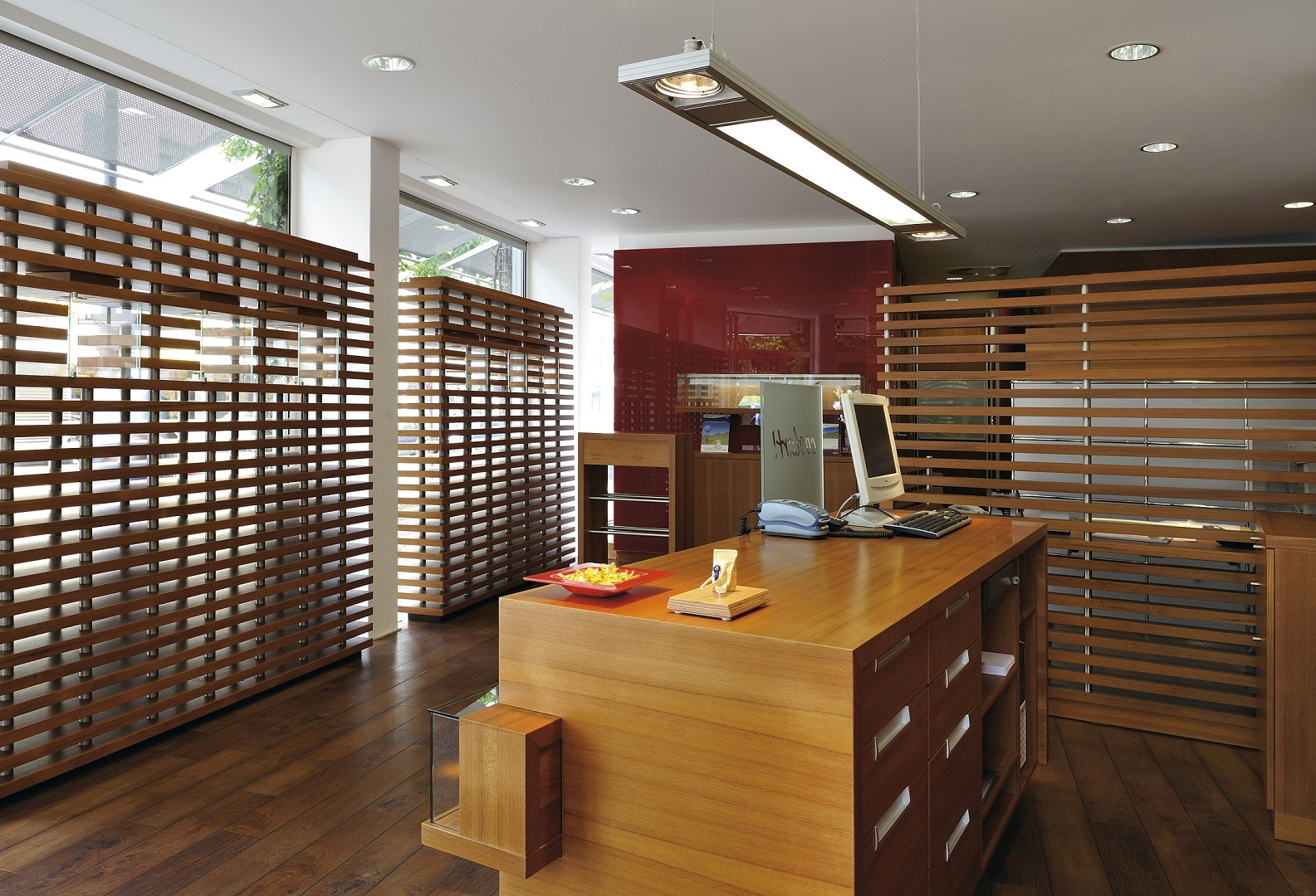 modern_office_lighting_solutions