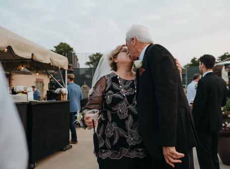 4 Lies You Believe as a Wedding Photographer