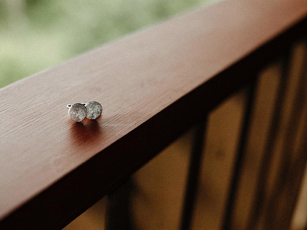 Summit Chalet Wedding - Duluth Wedding Photographer - groom cufflinks