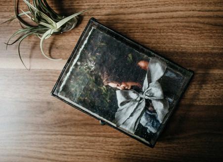 Product Spotlight: Ophelia (glass folio box)