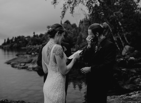 Tips for Writing Unforgettable Personal Vows