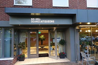 andy-hayler-deanes-at-queens-entrance-w7