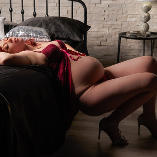 Beth Boudoir color web 14.jpg