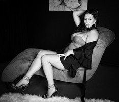 Jennifers Boudoir Photoshoot-01.jpg
