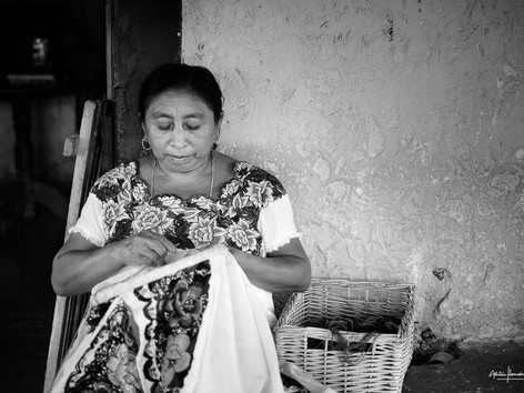 Weaving the Huipil