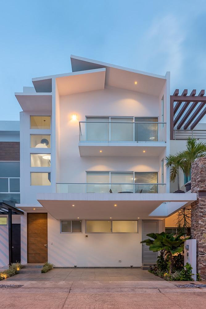 Aqua Cancun Real Estate-99.jpg