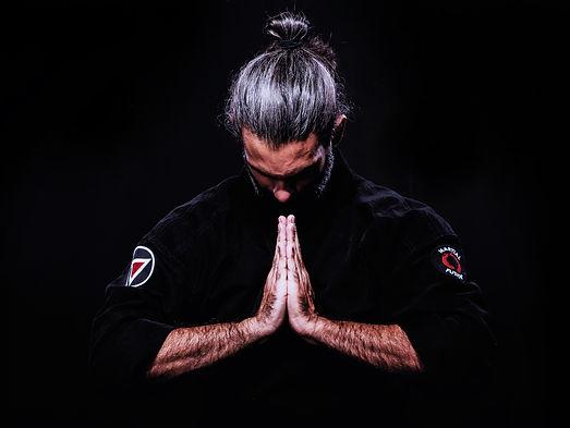 deep_prayer_guillermo_gomez_artist_budo.