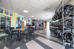 prodejna pneuservisu Mokrá-Horákov