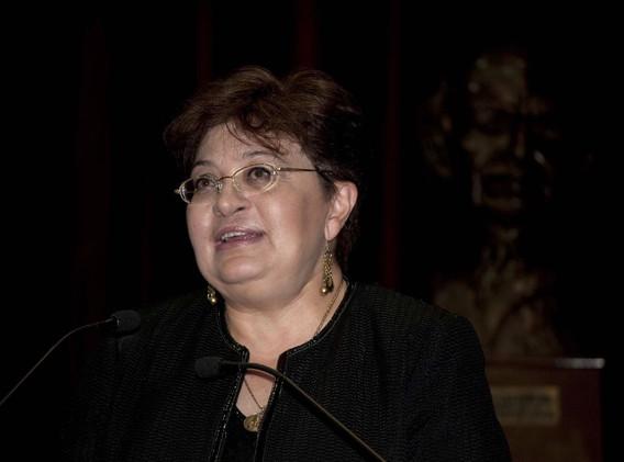 Dra Martha Tarsaco 02.jpg