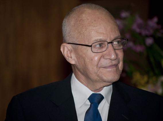 Dr Eduardo Espinoza 02.jpg