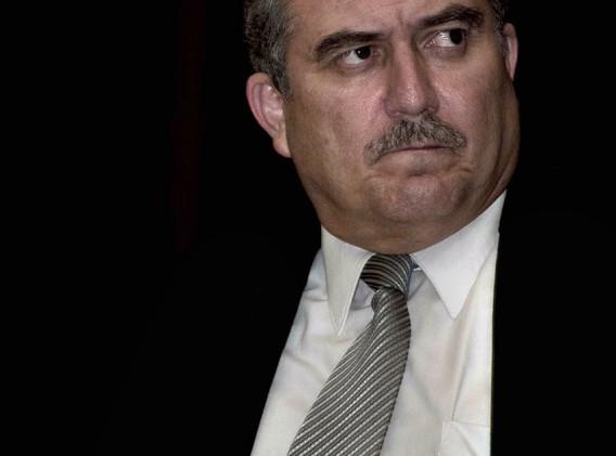 Dr Arturo Vela.jpg