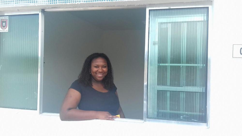 Liliane é moradora do Residencial Estrela, Quadra E, Blaco 4, Apto 03.