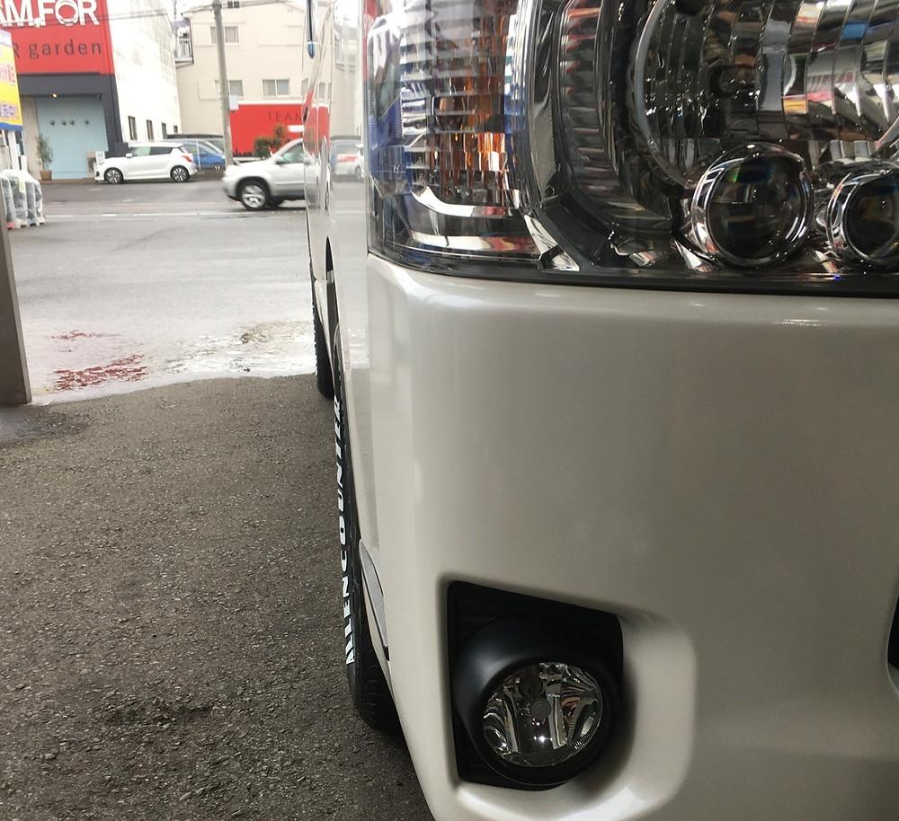 トヨタ 200系 ハイエース JAOS ヴィクトロン アステラ CM-04 オーレンカウンター ホワイトレター 17インチ
