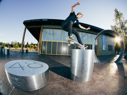 Joey Dolin - Ollie up to Nosegrind