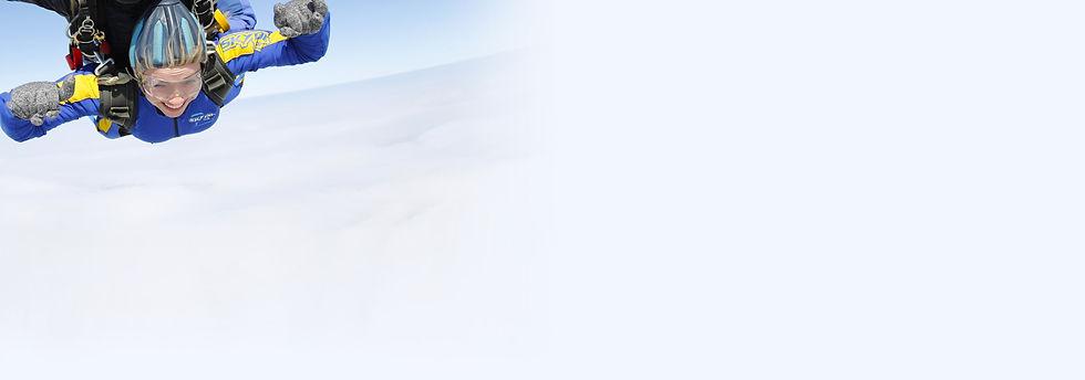 Kate Clark| Skydiving