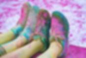 Zapatos cubiertos en polvo de color