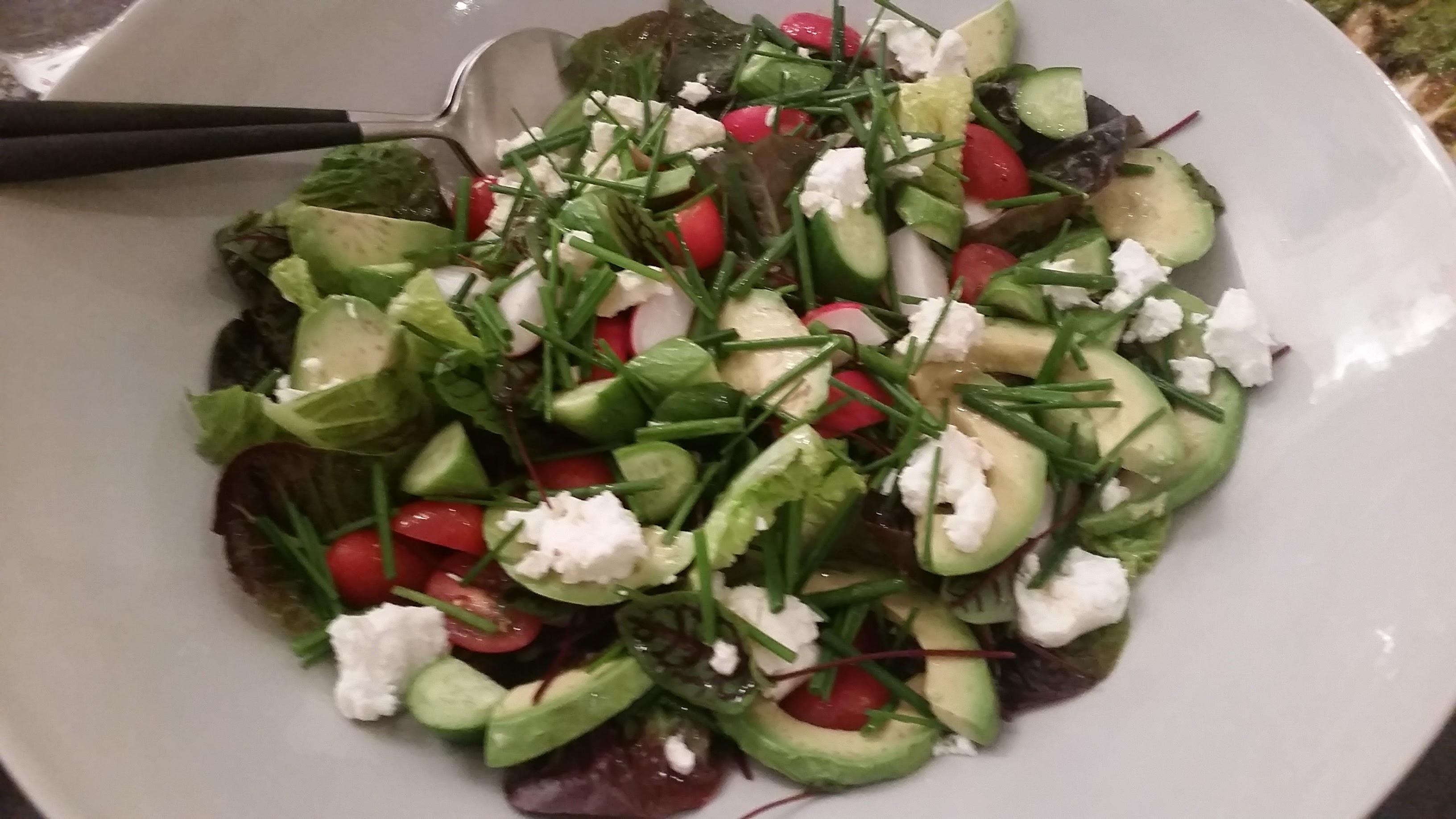 Simple garden salad