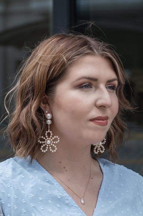 Daisy Darling Floral Earrings