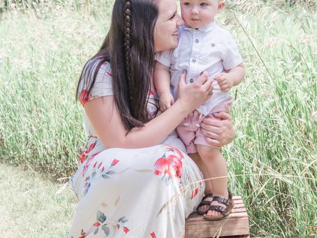 Amanda & Colton / Michigan Photographer / Family portraits