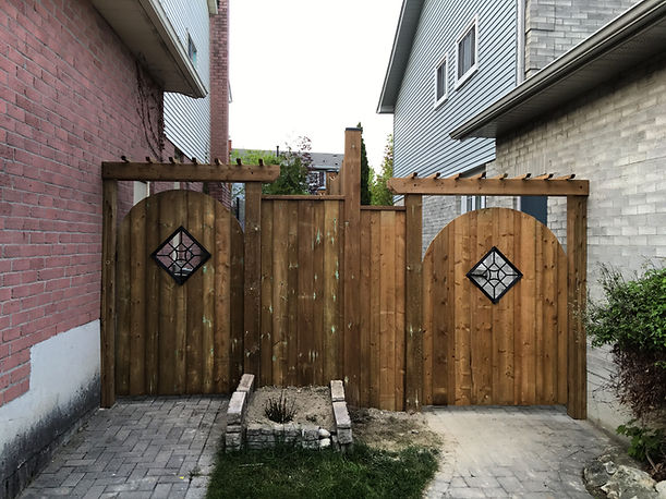 Fence and deck companies in toronto ,fence and deck company in toronto