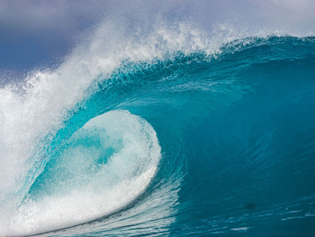 BEST TIME TO GO FOR A SURF TRIP AT MENTAWAI  AND AVOID THE CROWD.