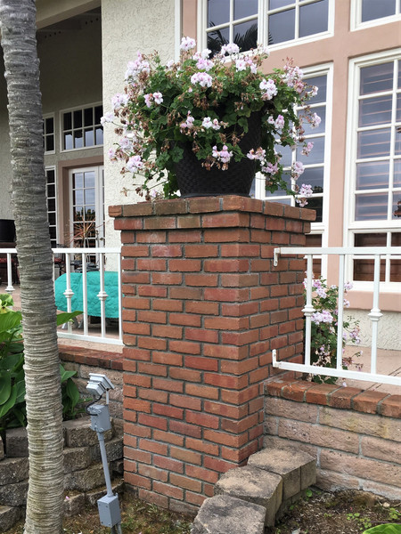 Brick-Pilasters-Tidwell-Masonry-Fairbanks-Ranch