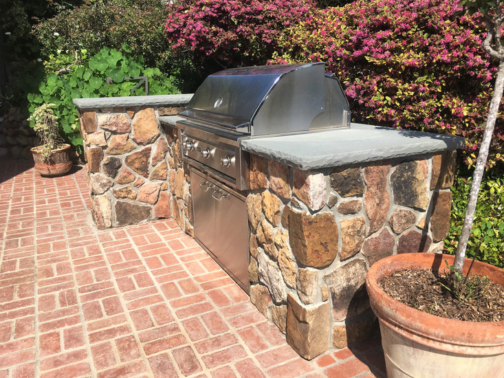 San-Diego-Masonry-Contractor-That-Builds-Barbeque
