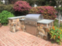 San-Diego-Masonry-Contractor-Builds-BBQ.