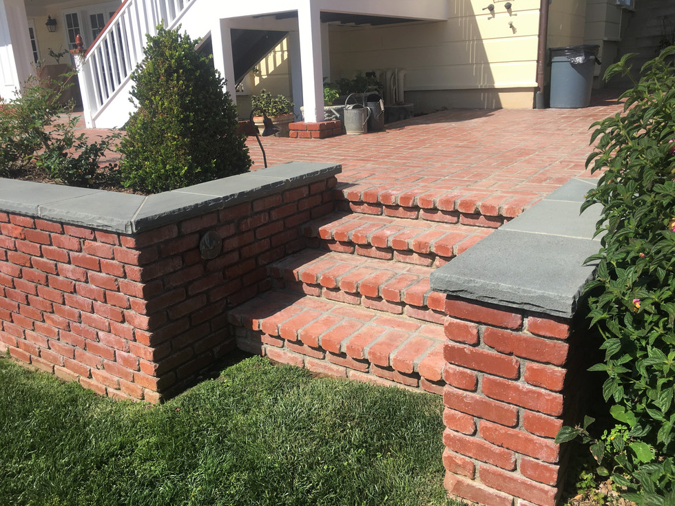 San-Diego-Masonry-Contractor-Builds-Brick-Steps-in-Point-Loma