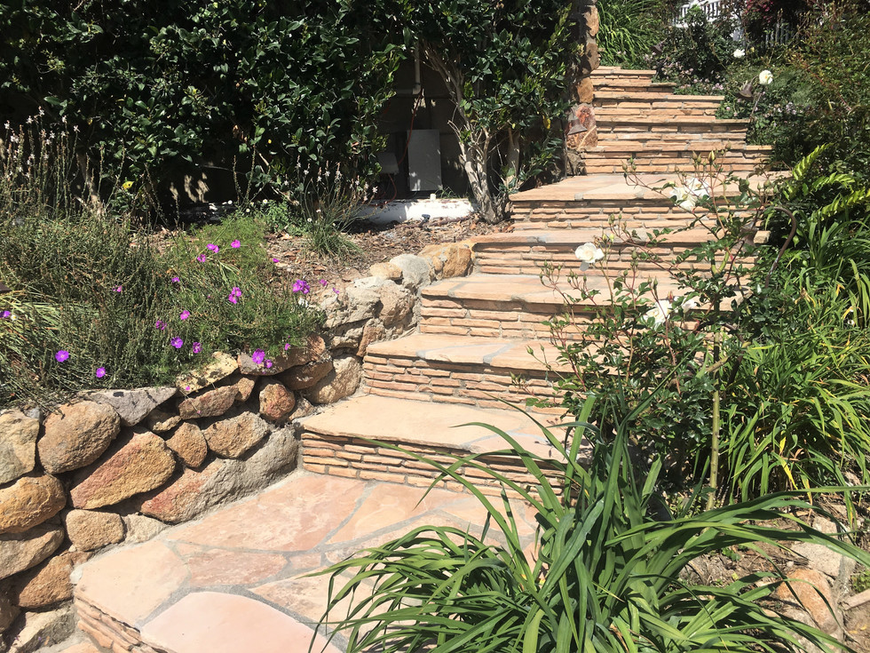 San-Diego-Masonry-Contractor-Builds-Best-Flagstone-Steps