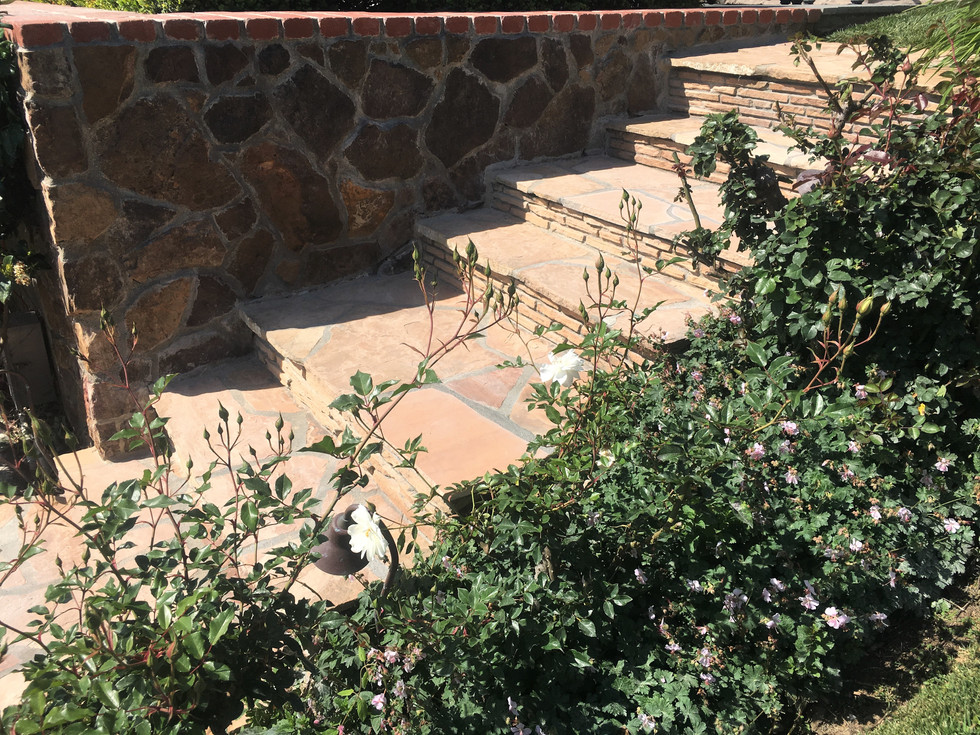 San-Diego-Masonry-Contractor-Flagstone-Steps-Stack-Stone-Risers