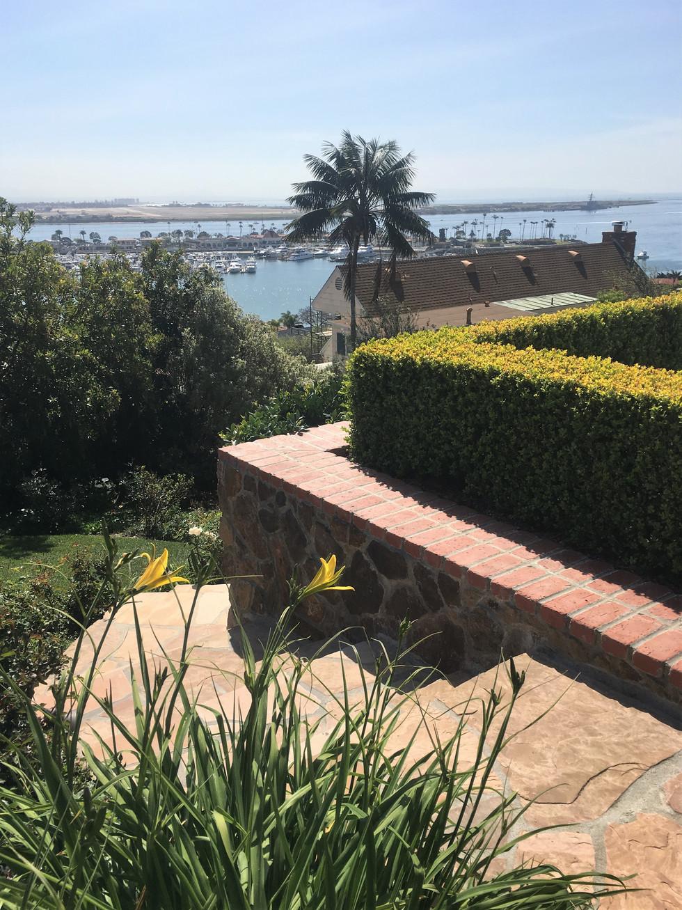 San-Diego-Masonry-Contractor-Flagstone-Steps-and-Walkway