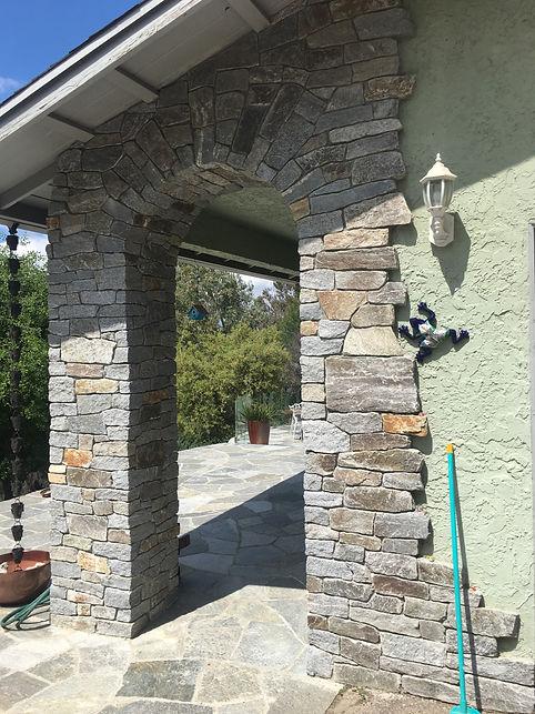 Arch-Stone-veneer-in-Alpine-CA-Tidwell M
