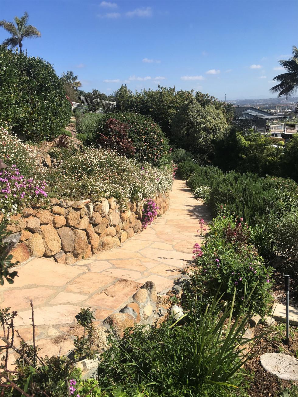 San-Diego-Masonry-Contractor-Flagstone-Walkway (245)