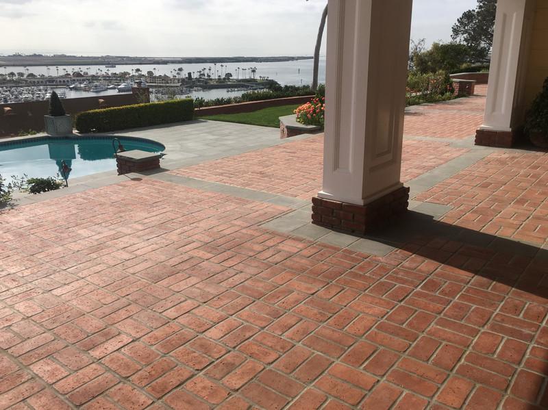 San-Diego-Contractor-Builds-Brick-Patio