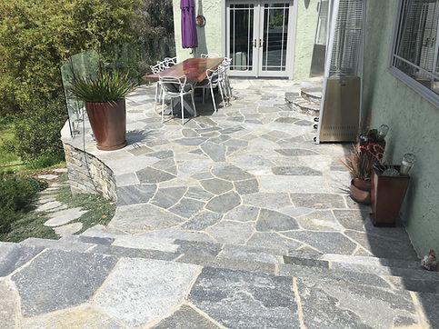 Large-Quartzite-Flagstone-patio-built-by