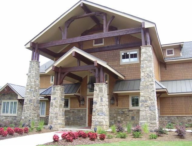 Suncrest stone pilarss on a home.jpg